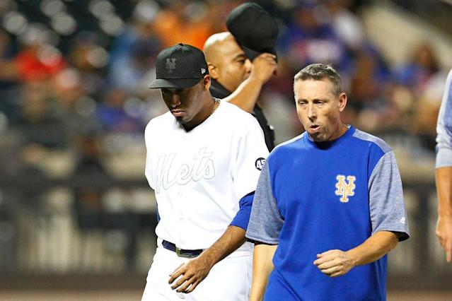 Edwin Diaz exits with back injury after giving up another home run