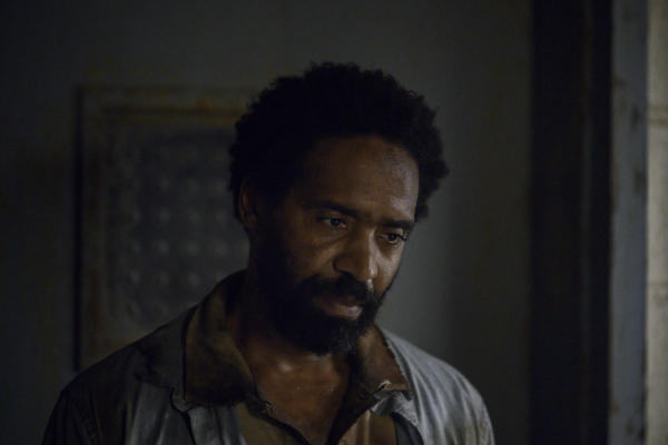 the-walking-dead-season-10-photos kevin carroll virgil