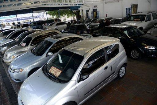 In Venezuela, flipping used cars is a thriving industry