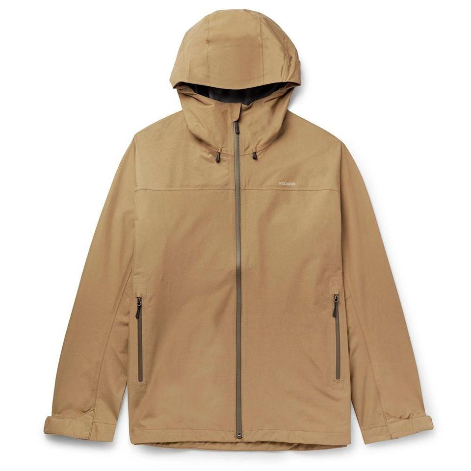 "<p><strong>Filson</strong></p><p>mrporter.com</p><p><strong>$260.00</strong></p><p><a href=""https://go.redirectingat.com?id=74968X1596630&url=https%3A%2F%2Fwww.mrporter.com%2Fen-us%2Fmens%2Fproduct%2Ffilson%2Fclothing%2Flightweight-waterproof-jackets%2Fswiftwater-shell-jacket%2F30049528927119106&sref=https%3A%2F%2Fwww.menshealth.com%2Fstyle%2Fg32904980%2Fbest-rain-jackets-for-men%2F"" rel=""nofollow noopener"" target=""_blank"" data-ylk=""slk:BUY IT HERE"" class=""link rapid-noclick-resp"">BUY IT HERE</a></p><p>Filson shell jacket is simple, effective, and good-looking. The classic shape works just as well in nature as it does in the city. </p>"