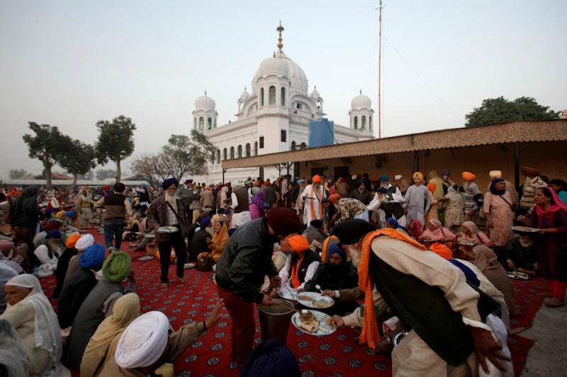 India Asks Pakistan Not to Levy $20 Fee on Kartarpur Pilgrims, Hopes Pact Will be Inked on Time