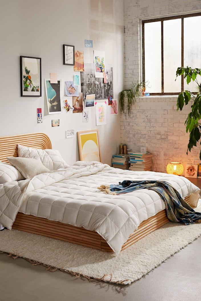"""<p><strong>Urban Outfitters</strong></p><p>urbanoutfitters.com</p><p><strong>$149.00</strong></p><p><a href=""""https://go.redirectingat.com?id=74968X1596630&url=https%3A%2F%2Fwww.urbanoutfitters.com%2Fshop%2Fcloud-jersey-quilt&sref=https%3A%2F%2Fwww.countryliving.com%2Flife%2Fg32072808%2Fgraduation-gifts-for-him%2F"""" rel=""""nofollow noopener"""" target=""""_blank"""" data-ylk=""""slk:Shop Now"""" class=""""link rapid-noclick-resp"""">Shop Now</a></p><p>Help him select some bedding that's as cool as it is comfy. <br></p>"""