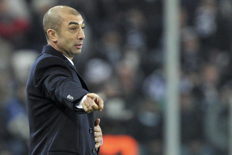 Chelsea coach Roberto Di Matteo gestures during the Champions League, Group E, soccer match between Juventus and Chelsea at the Juventus stadium in Turin, Italy, Tuesday, Nov. 20, 2012. (AP Photo/Daniele Badolato, Lapresse)