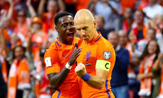 """<span class=""""element-image__caption"""">Arjen Robben has been trying his best but Holland are in a right old mess.</span> <span class=""""element-image__credit"""">Photograph: Michael Kooren/Reuters</span>"""