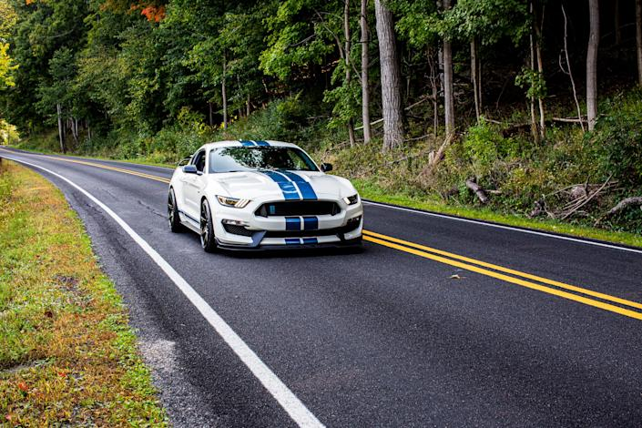 2020 Ford Mustang Shelby GT350R Heritage Edition_3.JPG