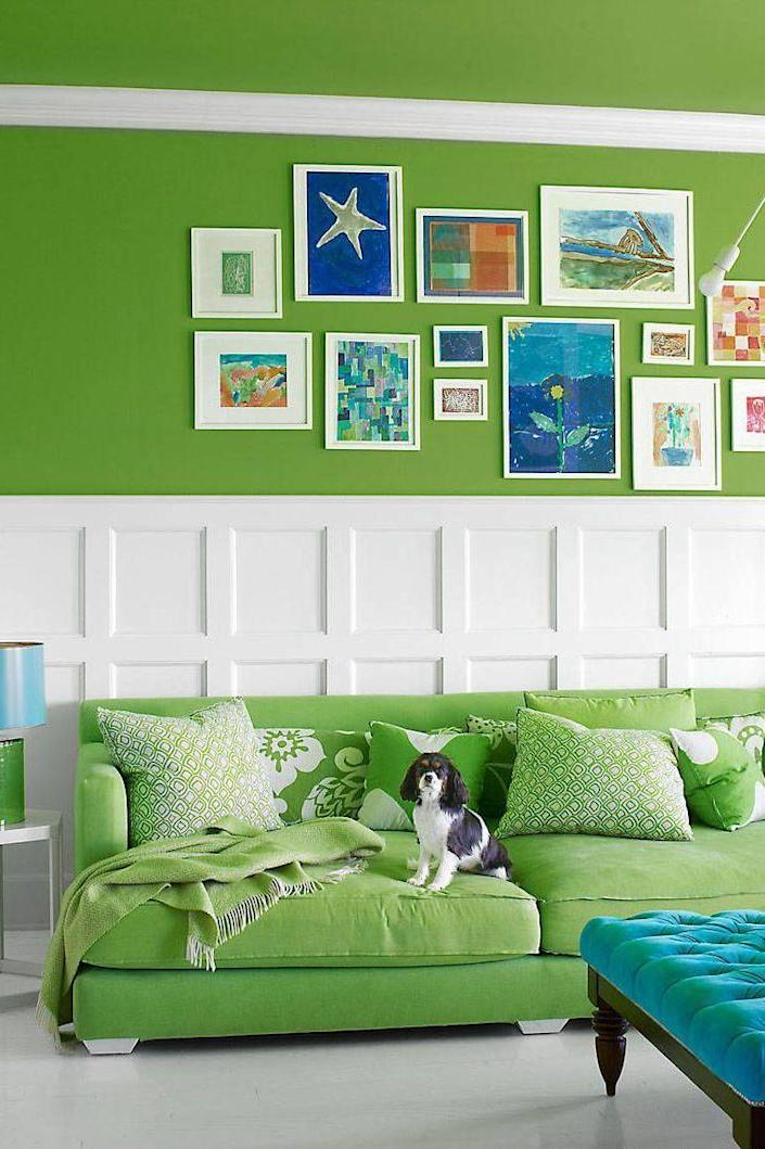 """<p>A mix of white and blue tempers the vibrant green in author <a href=""""https://www.elledecor.com/design-decorate/house-interiors/g972/holly-peterson-hamptons-home/"""" rel=""""nofollow noopener"""" target=""""_blank"""" data-ylk=""""slk:Holly Peterson's Hamptons living room"""" class=""""link rapid-noclick-resp"""">Holly Peterson's Hamptons living room</a>. <br></p>"""