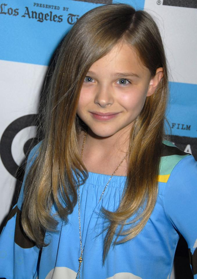 <p>By 2008, Chloë had already mastered her signature smize. A curled under blowout and rosy cheeks just accented her natural features even more.</p>