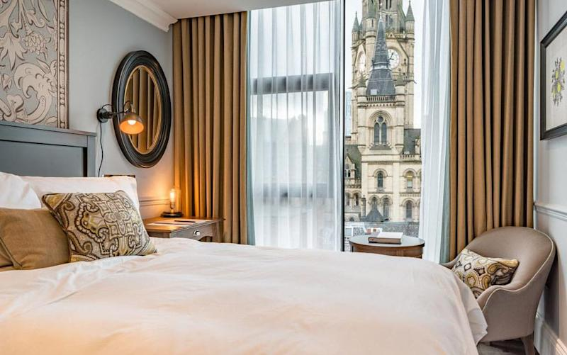 Everything from the furniture to locally commissioned artwork throughout King Street Townhouse has been sourced by owner