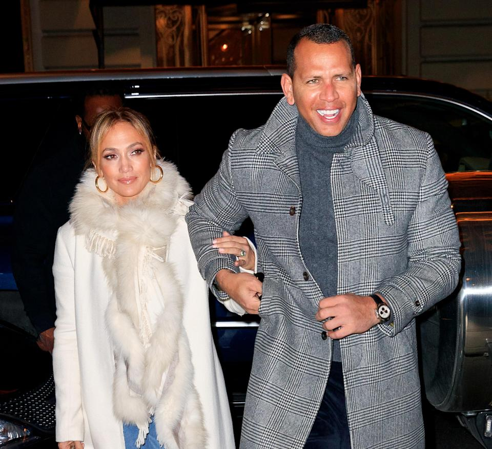 NEW YORK, NY – MARCH 17: Jennifer Lopez flashes her big engagement ring when out for dinner with Alex Rodriguez on March 17, 2019 in New York City. (Photo by Jackson Lee/GC Images)