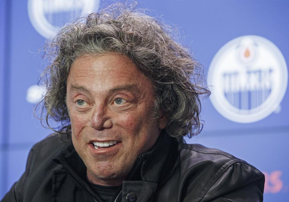 Edmonton Oilers owner Daryl Katz announces the hiring of Ken Holland as general manager on May 7. (The Canadian Press)