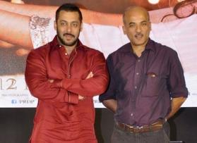 Ditching family drama, Salman Khan-Sooraj Barjatya to collab for an out-of-the-box project