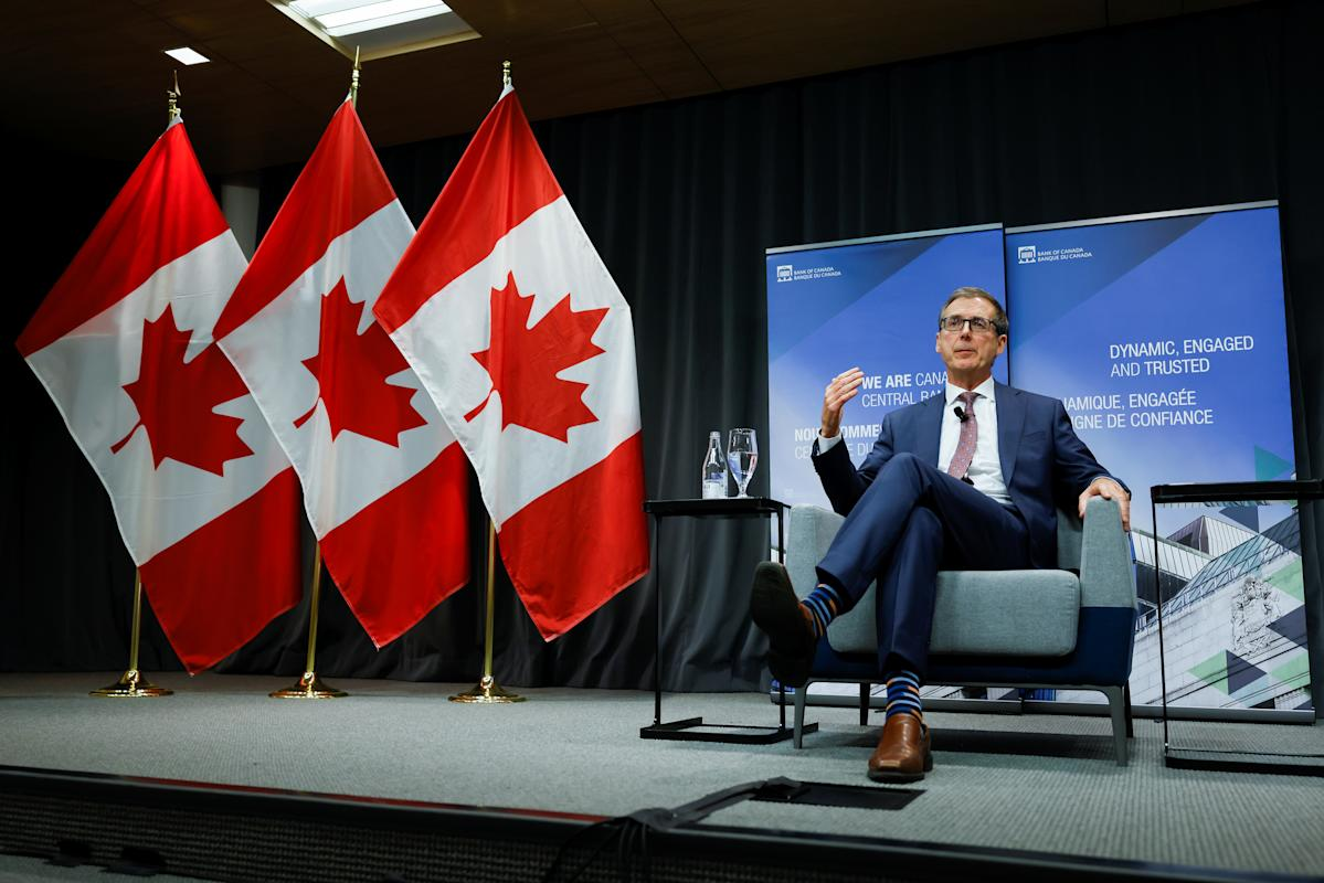 Bank of Canada ends quantitative easing, signals rate hikes could come sooner