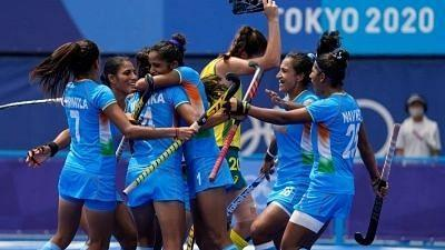 """<div class=""""paragraphs""""><p>Olympics hockey: Indian women make historic entry into semifinals.</p></div>"""