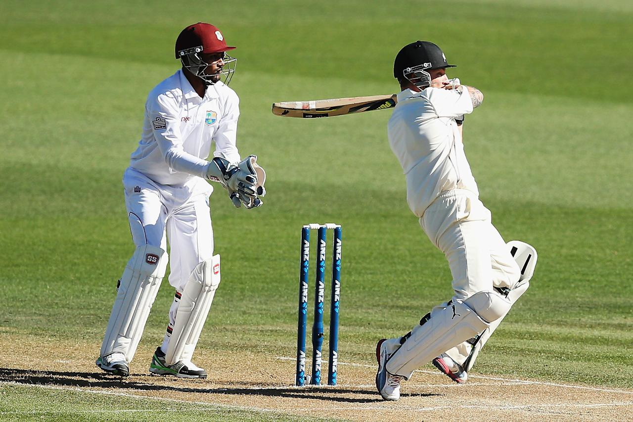 HAMILTON, NEW ZEALAND - DECEMBER 20:  Brendon McCullum of New Zealand pulls the ball away for four runs during day two of the Third Test match between New Zealand and the West Indies at Seddon Park on December 20, 2013 in Hamilton, New Zealand.  (Photo by Hannah Johnston/Getty Images)