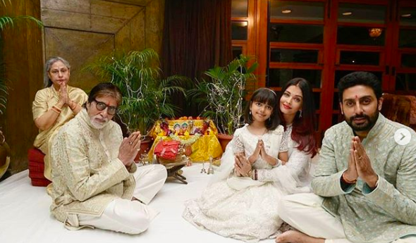 <p>Diwali celebrations with the Bachchans </p>