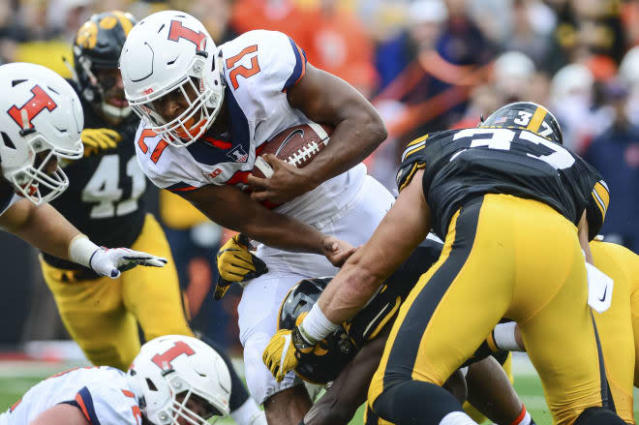 Rapid reaction: Illini fall at Iowa 45-16