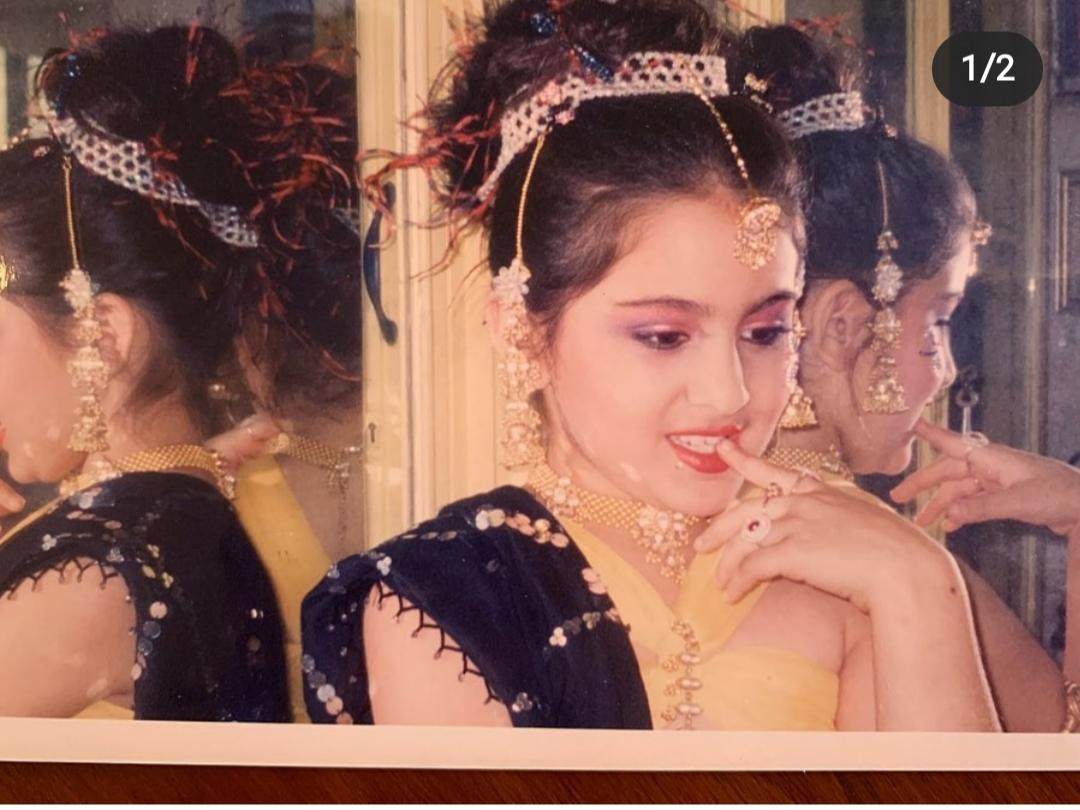 We fawn over the pictures from childhood that the young Pataudi keeps sharing with her fans every one in a while. Look at her all dolled up! She was totally born to be in front of the camera - wasn't she?