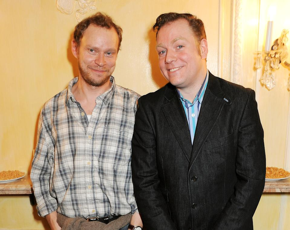 LONDON, ENGLAND - FEBRUARY 12: (EMBARGOED FOR PUBLICATION IN UK TABLOID NEWSPAPERS UNTIL 48 HOURS AFTER CREATE DATE AND TIME. MANDATORY CREDIT PHOTO BY DAVE M. BENETT/GETTY IMAGES REQUIRED) Robert Webb (L) and Rufus Hound attend an after party celebrating the new cast of 'One Man, Two Guvnors' at the Theatre Royal Haymarket on February 12, 2013 in London, England. (Photo by Dave M. Benett/Getty Images)