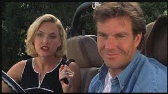 Elaine Hendrix and Dennis Quaid in The Parent Trap in 1998 (Credit: Disney)