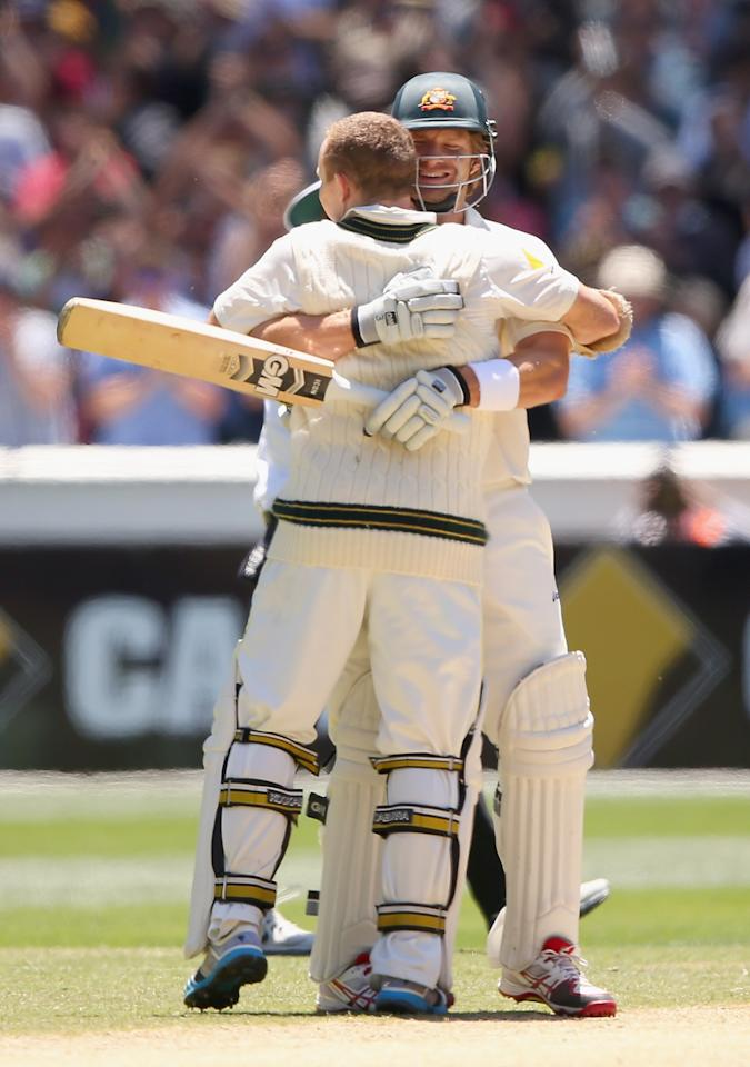 MELBOURNE, AUSTRALIA - DECEMBER 29:  Chris Rogers of Australia is hugged by Shane Watson after making 100 runs during day four of the Fourth Ashes Test Match between Australia and England at Melbourne Cricket Ground on December 29, 2013 in Melbourne, Australia.  (Photo by Quinn Rooney/Getty Images)