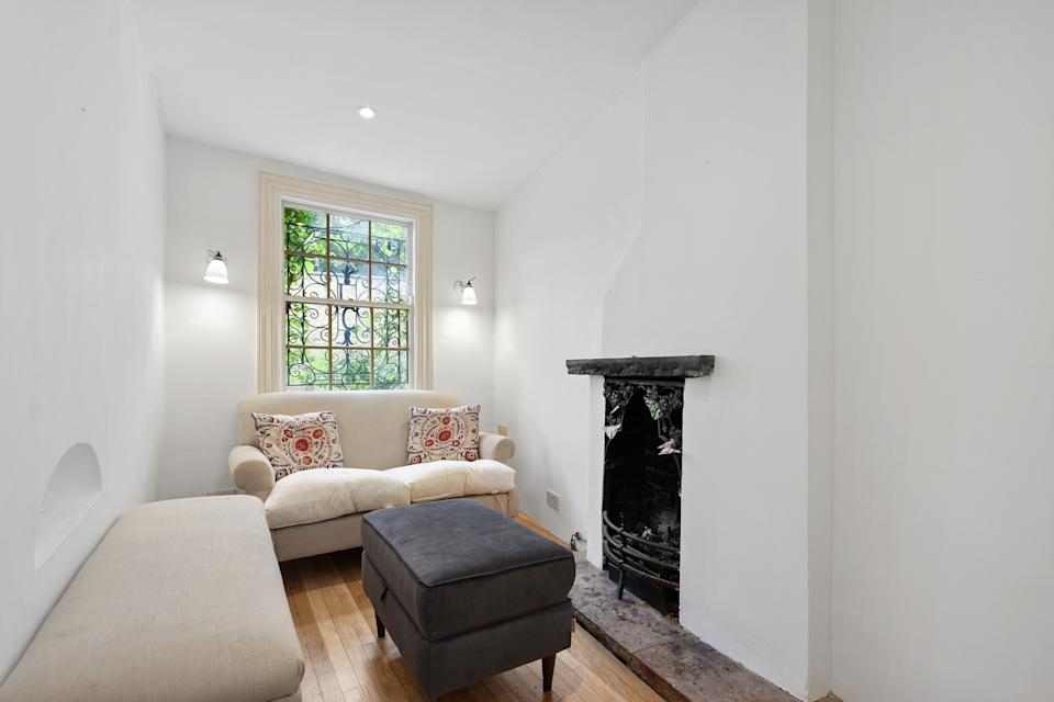 Small but perfectly formed. (Winkworth)