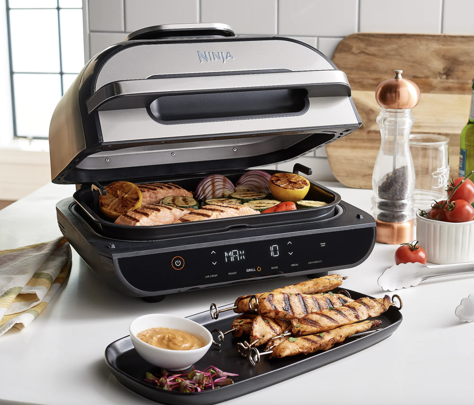 One appliance = a smorgasbord of succulence. (Photo: QVC)
