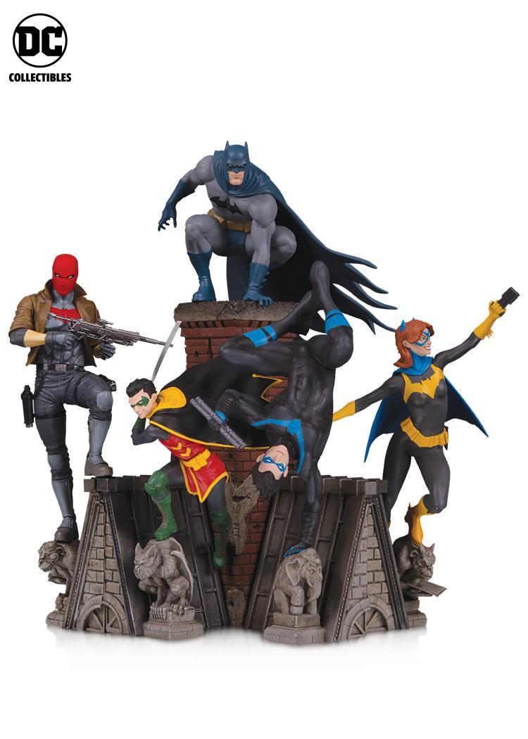 Photo: DC Collectibles