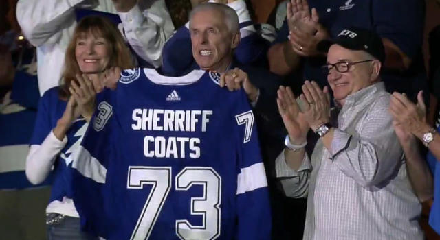 Former Pinellas County Sheriff Jim Coats didn't seem too thrilled about the spelling error on his custom jersey. (Twitter // @bubbaprog)