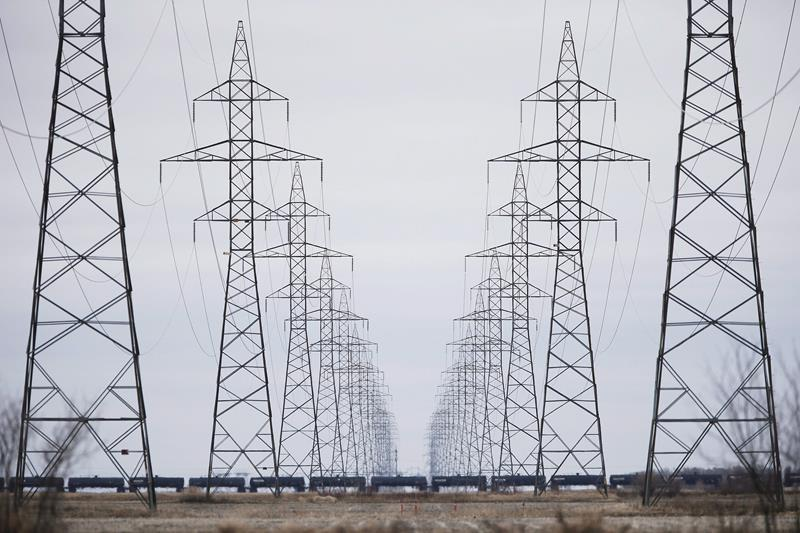 Manitoba-to-Minnesota power line project approved with several conditions