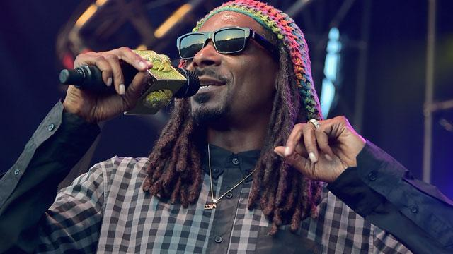 Snoop Dogg Arrested in Sweden, Claims Racial Profiling ...