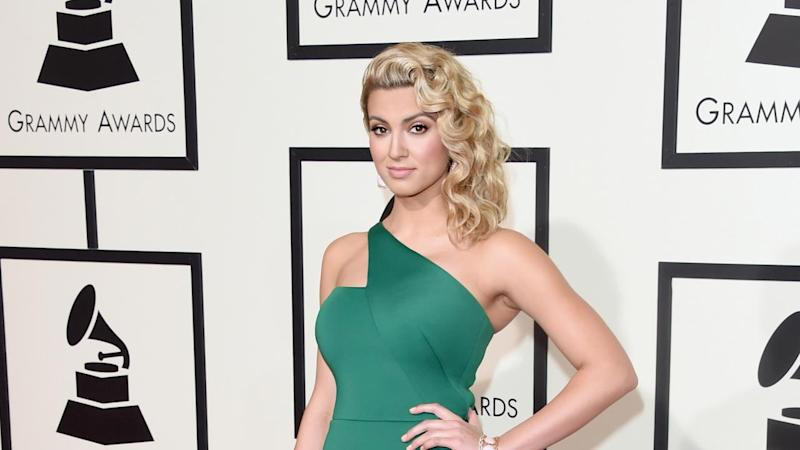 Tori Kelly Is Engaged! See the Sweet Pics and Her Ring