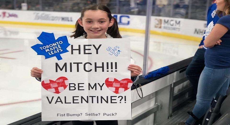 Mitch Marner makes young fan's valentines day wish come true (via @MapleLeafs)