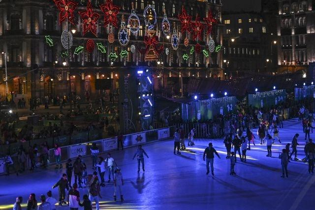 Falls and fun at eco-friendly 'ice' rink in Mexico