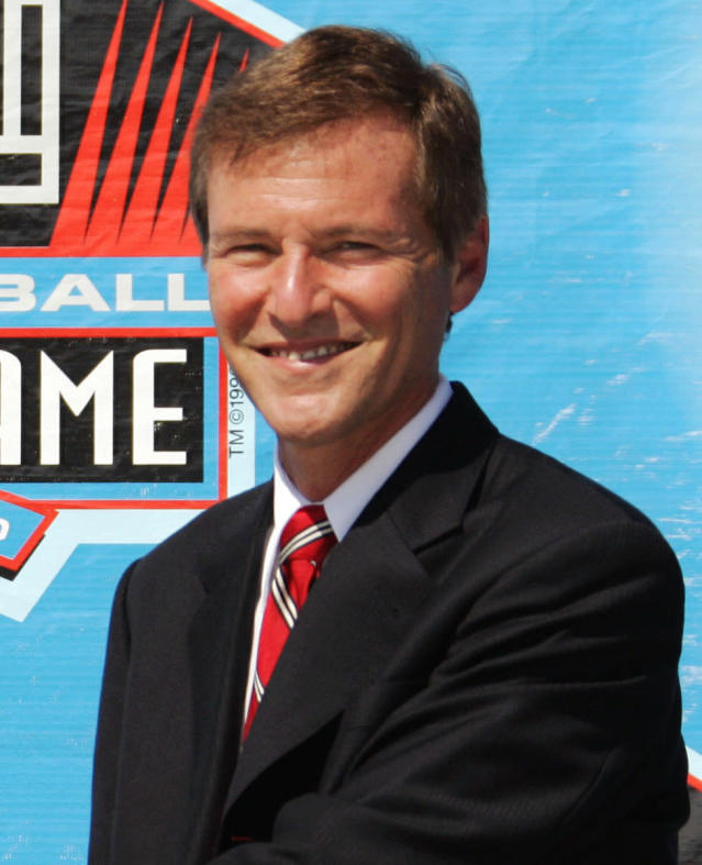 """**FILE** In this Aug. 5, 2006, file photo, celebrity sports agent Leigh Steinberg poses during a ceremony at the Pro Football Hall of Fame in Canton, Ohio. Steinberg, who was one inspiration for the movie """"Jerry Maguire,"""" was arrested by Newport Beach Police Wednesday Oct. 22, 2008, in Newport Beach, Calif., on suspicion of being drunk in public. (AP Photo/Mark Duncan, File)"""