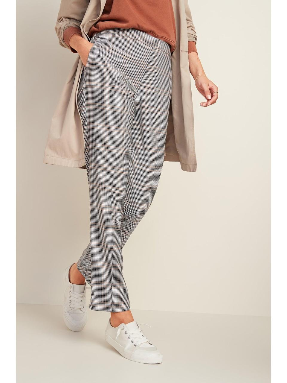 <p>The relaxed fit on these <span>Old Navy Mid-Rise Straight Plaid Pull-On Pants</span> ($28, originally $40) looks so comfy.</p>