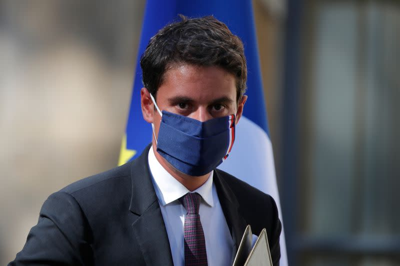 French post cabinet meeting briefing in Paris
