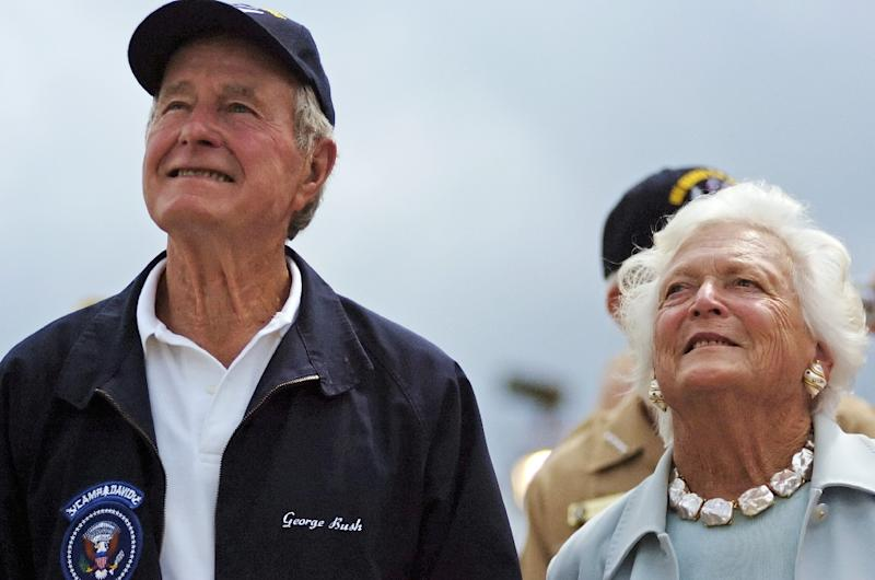 """Former first lady Barbara Bush is in """"failing health,"""" the office of former president George H Bush (L) says"""