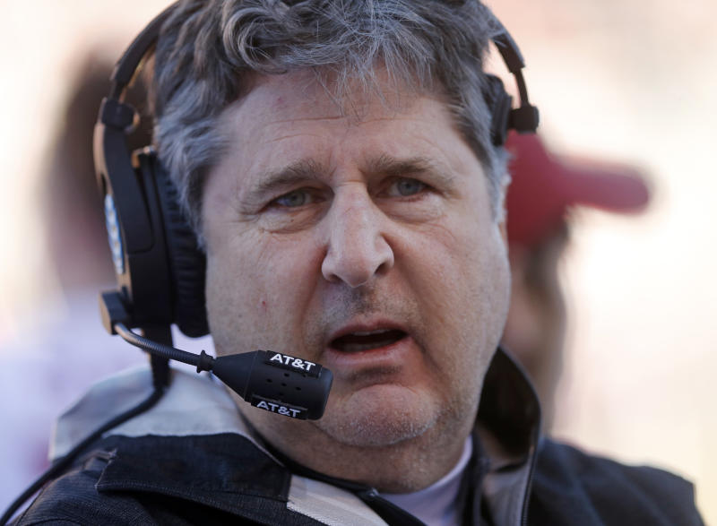 Mike Leach delivers impassioned rant about the perils of getting married