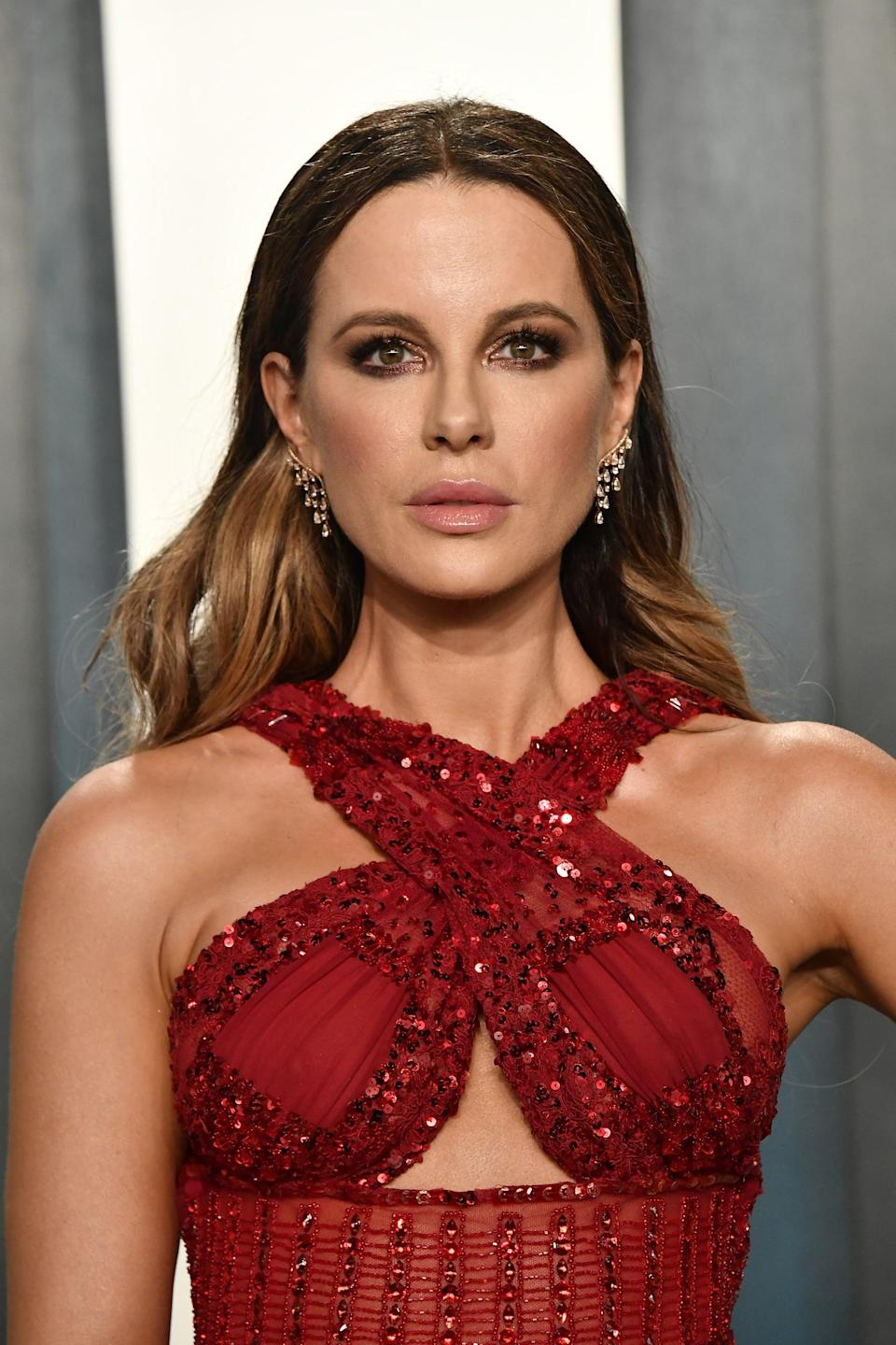BEVERLY HILLS, CALIFORNIA - FEBRUARY 09: Kate Beckinsale attends the 2020 Vanity Fair Oscar Party hosted by Radhika Jones at Wallis Annenberg Center for the Performing Arts on February 09, 2020 in Beverly Hills, California. (Photo by Frazer Harrison/Getty Images)