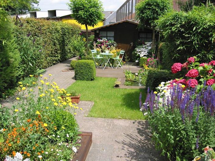 <p>You've spent the last decade turning your yard into a full-fledged garden, getting rid of grass little by little until you had an entire lawn full of ornamentals, annuals and perennials. But your dream garden may be a buyer's nightmare. Talk to your real estate agent about how to make that lovely landscape appear to be low-maintenance. <i>Photo ©iStockphoto.com/StukChocolat.</i></p>