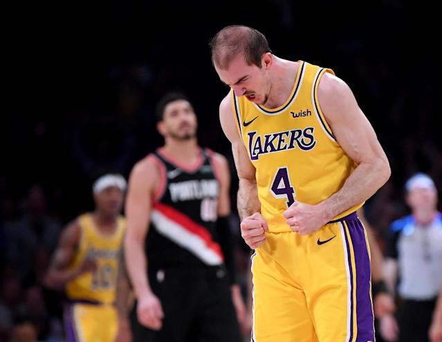 """The NBA hit <a class=""""link rapid-noclick-resp"""" href=""""/nba/players/5754/"""" data-ylk=""""slk:Alex Caruso"""">Alex Caruso</a> with a random drug test just days after clearly fake photos of him looking jacked went viral. (Harry How/Getty Images)"""