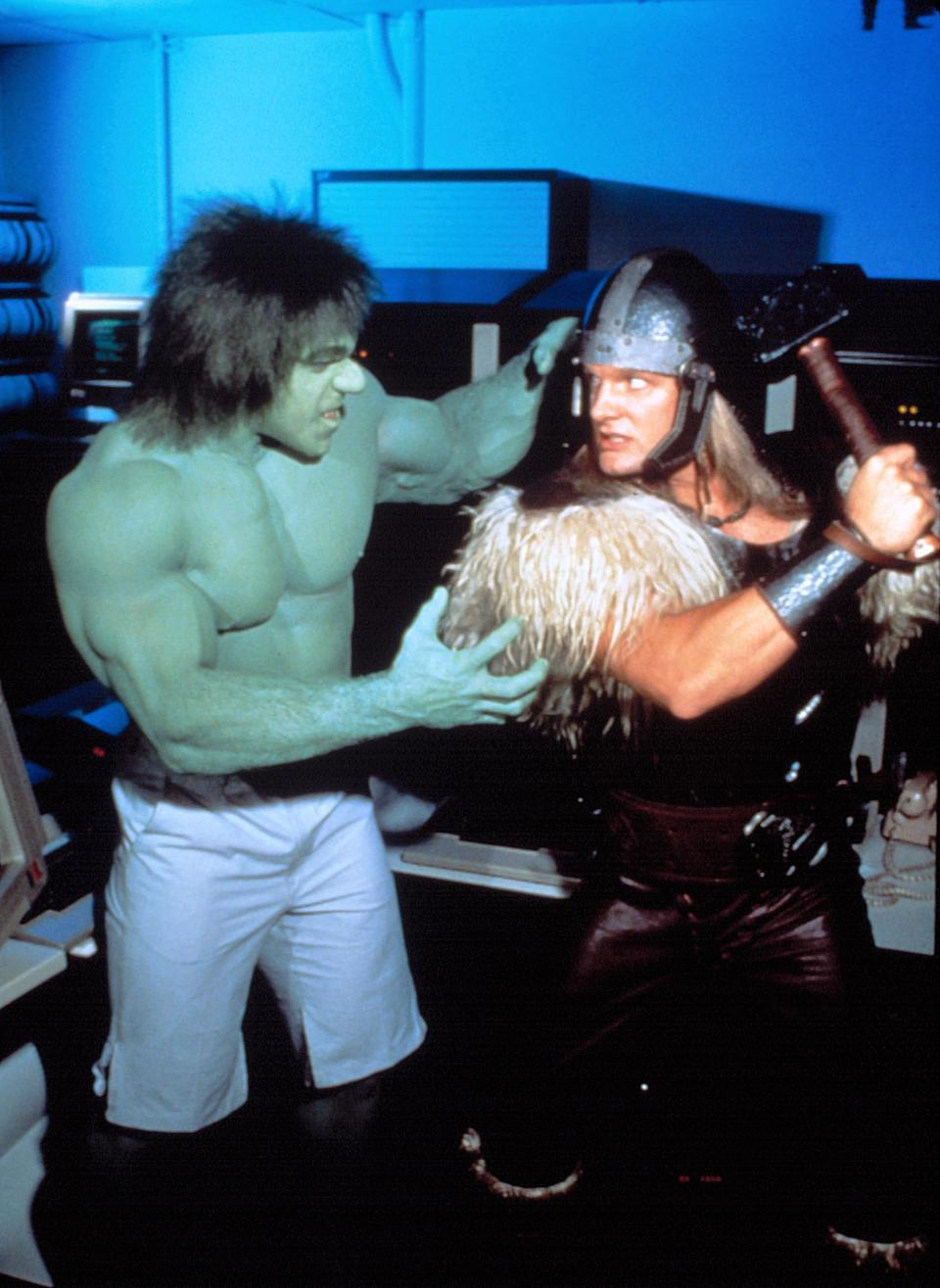 The Incredible Hulk (Lou Ferrigno) meets the Mighty Thor (Eric Allan Kramer) for the first time in live-action form in <em>The Incredible Hulk Returns</em> (Photo: Everett Collection)