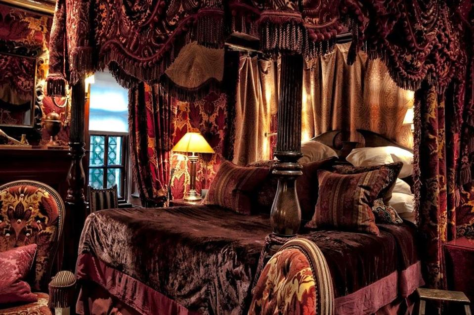"""<p><span>Sumptuous velvets and lavish furnishings abound at <a href=""""http://thewitchery.com/"""" rel=""""nofollow noopener"""" target=""""_blank"""" data-ylk=""""slk:this luxury hotel"""" class=""""link rapid-noclick-resp"""">this luxury hotel</a>, not far from Edinburgh Castle. The gothic-style pad has a number of suites including the dark and dramatic Armoury and Guardroom, with its rooftop views. Expect to splash out at least </span><b>£335 </b><span>for the privilege of sleeping in one of the antique four-poster beds, surrounded by masses of antiques and a view of the Royal Mile. [Photo: The Witchery]</span> </p>"""