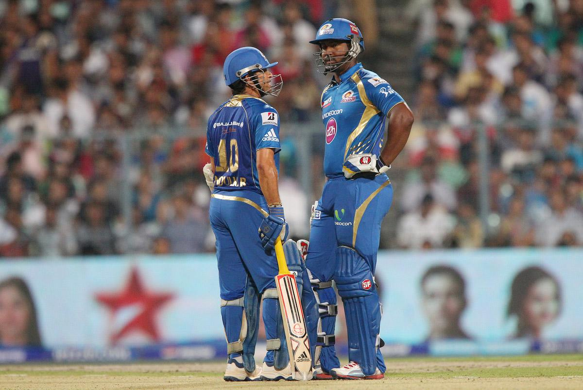 Sachin Tendulkar and Dwayne Smith during match 33 of the Pepsi Indian Premier League between The Kolkata Knight Riders and the Mumbai Indians held at the Eden Gardens Stadium in Kolkata on the 24th April 2013. (BCCI)