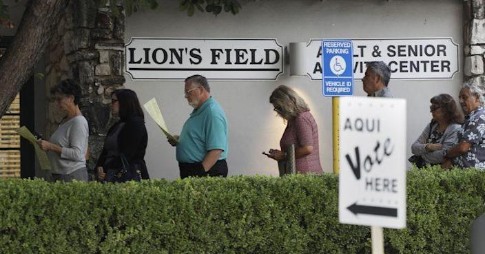 Voters stand in line at an early polling site, Oct. 24, 2016, in San Antonio. (Photo: Eric Gay/AP)