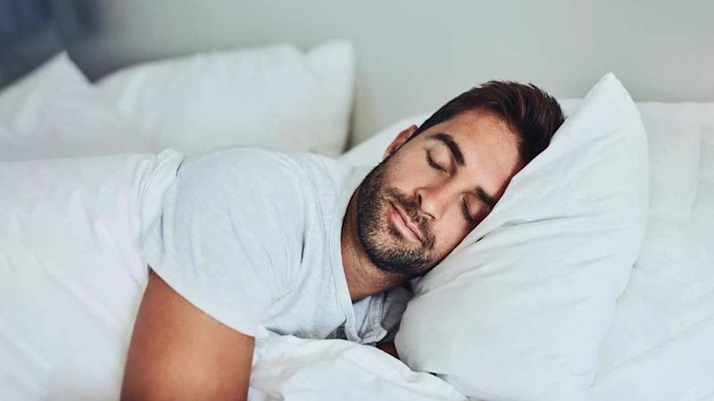 #HealthBytes: What to eat before bed to get better sleep
