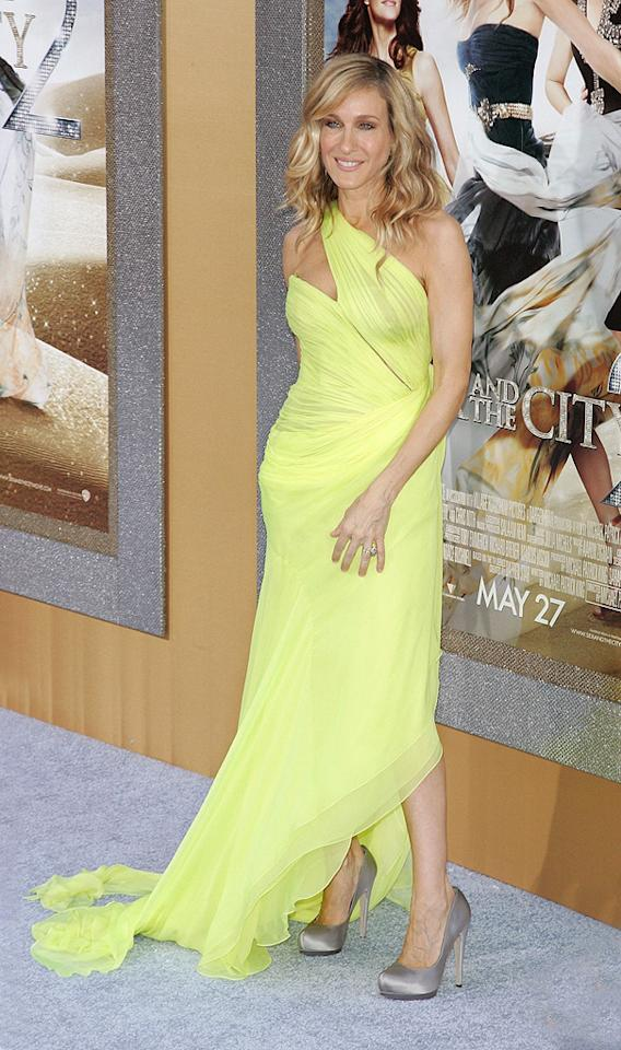 "<a href=""http://movies.yahoo.com/movie/contributor/1800016083"">Sarah Jessica Parker</a> (in vintage Valentino) at the New York City premiere of <a href=""http://movies.yahoo.com/movie/1810111276/info"">Sex and the City 2</a> - 05/24/2010"