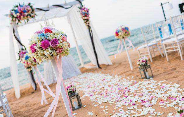 Marriage celebrant Josh Withers says beach weddings are not a good idea. Photo: Getty