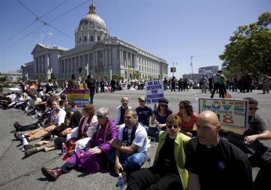 Supporters of same sex marriages block the streets in a civil disobedience act in San Francisco, California, May 26, 2009.
