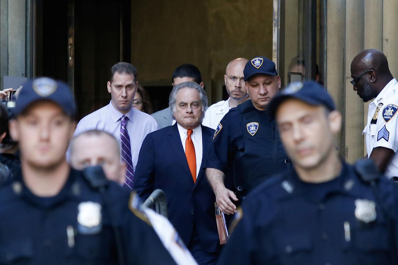 <p>Film producer Harvey Weinsteinís attorney Benjamin Brafman exits the criminal court in New York City, May 25, 2018. (Photo: Eduardo Munoz/Reuters) </p>